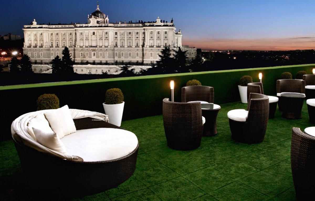 Terraza-frente-Palacio-Real